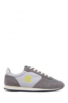 Sneaker insigna