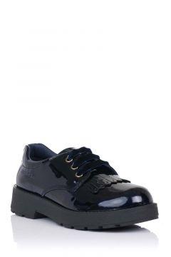 Zapato colegial en charol